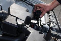 kleine Handgriffe - Ölwechsel am Auto