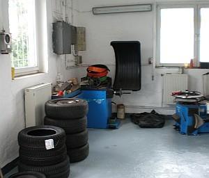Reifenservice Rostock, Reifenwechsel und Aufziehen, Reifenreparatur